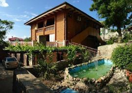 Дом с бруса  - отдых в Алупке частный сектор