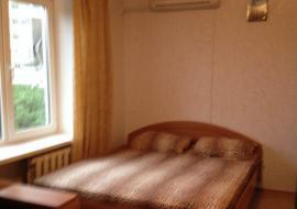 Продам 2-комнатную квартиру в г.Алушта. ул.Октябрьская( - Крым Недвижимость  в Алуште цены продам  квартиру